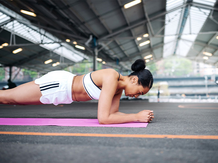 Combination exercises to reduce belly fat at home